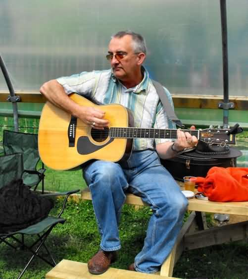 Richard Parkes plays acoustic set at Walsden opening