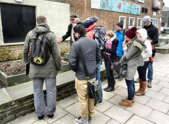 MA planning students look at town centre growing beds