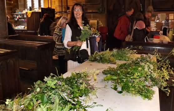 herb posies for film gowers
