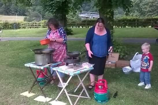 Mary and Daisy start cooking the picnic lunch
