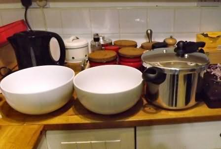 new salad bowls and pressure cooker