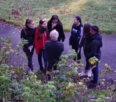 Horticulturalist John teaches an Erasmus group